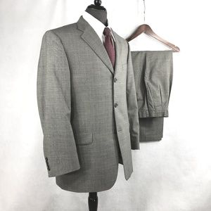 Burberry gray m-color Check Super 100s wool suit